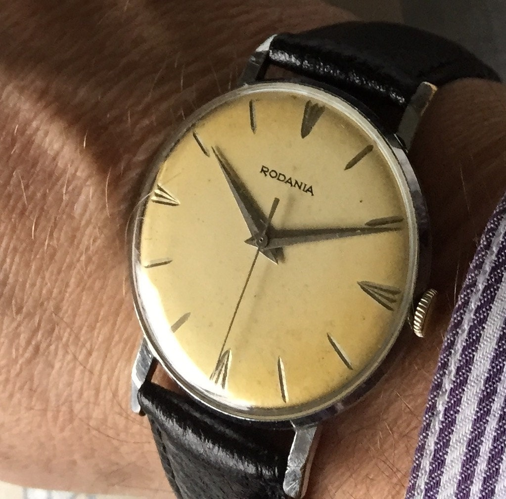 Lovely c1960 Rodania mens vintage dress Swiss watch.