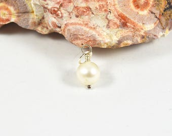 Freshwater Pearl charm, 8mm Sterling Silver pendant dangle with jumpring, June birthstone charm, interchangeable wedding charm