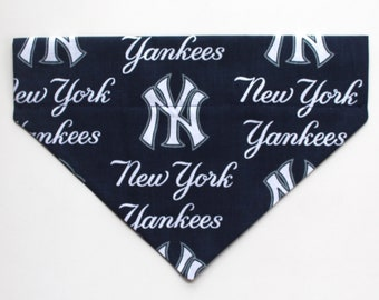 New York Yankees Over The Collar Dog Bandana