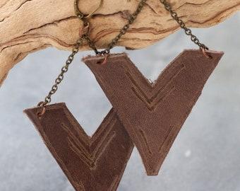 V leather brown copper detail