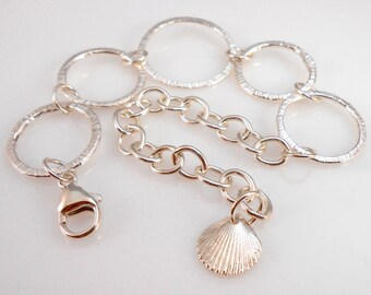 Fine Silver Link Bracelet with Shell Charm