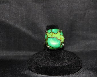 Vintage, two-tone green gemstone set in sterling silver ring