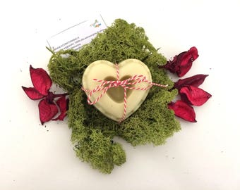 Hearts of soap, heart-shaped soap with olive oil, cocoa butter and spontaneous herbs, Valentine's Day, wedding favors