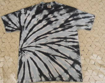 Tie dye shirt, adult small swirl of pale blue and black is ready to ship;