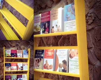 Montessori Method Montessori Yellow Front Library
