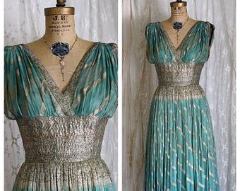 Exquisite Antique Silk and Metallic Lame Gown / Grecian Goddess / Screen Siren / Museum