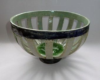 Large ceramic fruit bowl