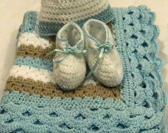 Set blanket, hat and booties / Blanket Set
