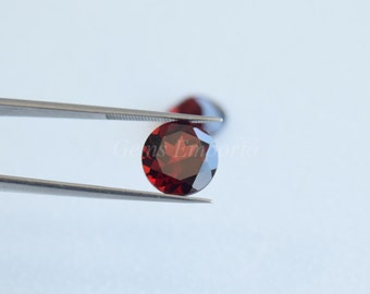 Garnet 10 MM Faceted Round / Fine Quality Natural Red Garnet / January Birthstone / Price per peice.