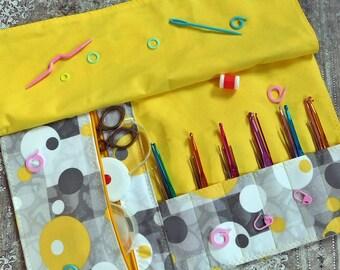 Crochet Case - Crochet Organizer - Hook Organizer - Crochet Hook Case - Crochet Storage Case - Makeup Brush Roll - Makeup Organizer