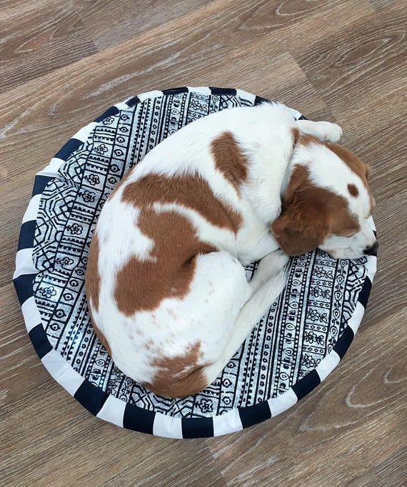 'Skipper' Round Dog Bed with insert  - Navy and White Pet Bed  67cm (SMALL)