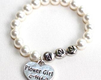 flower girl bracelet, flower girl gift, flower girl pearl bracelet, flower girl wedding, gift for flower girl, flower girl name bracelet