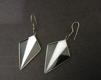 Alpaca earrings black and white