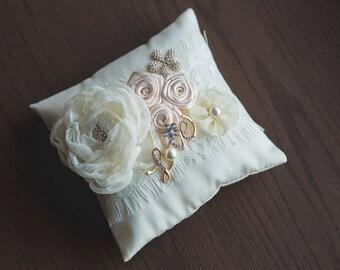 Wedding pillow gold\Bridal Pillow ivory \Ring pillow