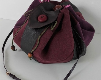 Bag stock exchange(grant) shoulder strap leather and fabric for women tones plum, purple.
