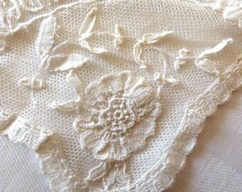 Brussels lace handkerchief. Souvenir d'Ostende. 1910s