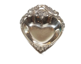 SILVER TRINKET DISH Vintage Ring Dish Silver Candy Dish Heart Shaped Vanity Tray Ornate Silver Dish