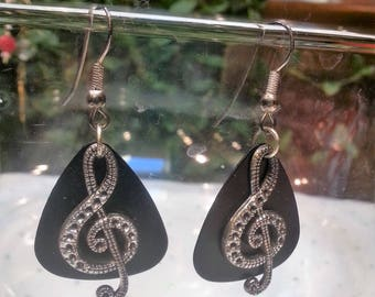 Black Guitar Pick and Musical Note Necklace & Earring Set