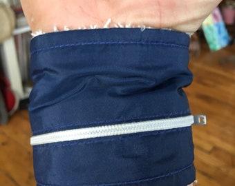 1980's Wrist Runner NYC wrist wallet