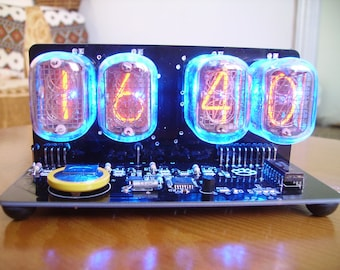 nixie clock with blue backlight IN-12