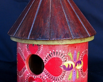 HEARTS OF RED Birdhouse