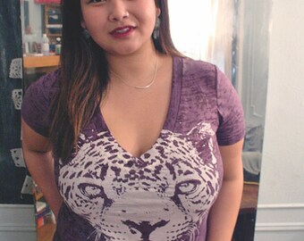 Cheetah,  Cheetah burnout tee, plus t-shirt, burnout cheetah tee, cheetah t shirt, purple tee, womens purple vneck t, Plus size, S-XXL