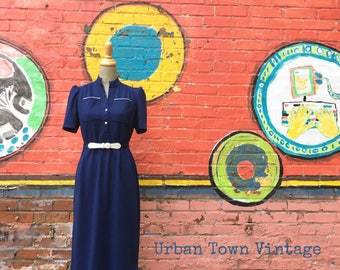 Vintage Navy Blue And White Belted Shirt Dress (Size Small/Medium)