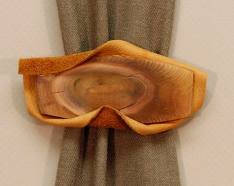 Cedar Knot Natural Barrette