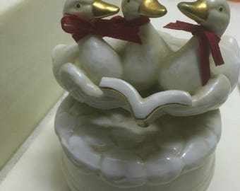 Music Box - Porcelain Ducks geese figurine White with Gold Trim