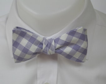 Lilac /pale purple gingham  - mens bowtie - self tie / freestyle - classic shape