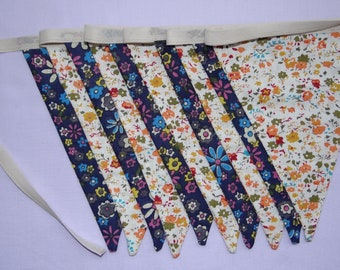 Blue and White flower Bunting