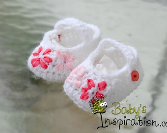Mary Jane slippers with Embroidered Flowers