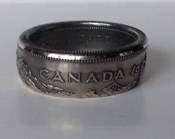 Canada 50 Cents 1974 Coin Ring.... Size 8 1/2