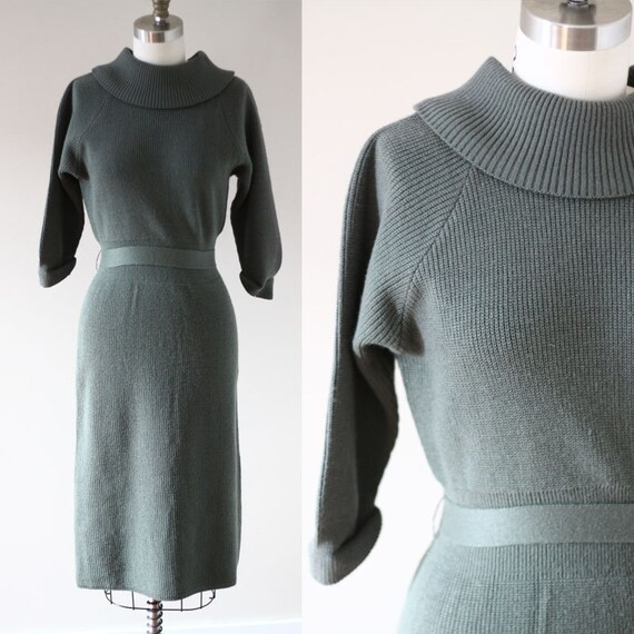 1960s Green knit Dress // 1960s wiggle dress // vintage dress