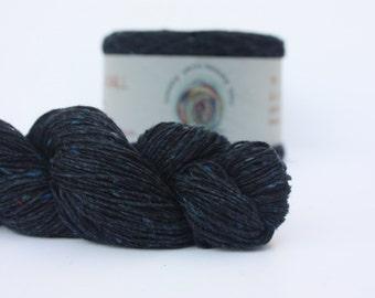 Spinning Yarns Weaving Tales - Tirchonaill 514 Midnight 100% Merino 4ply