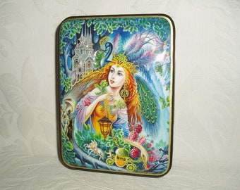 """Nice Russian Lacquer box Fedoskino """" Cinderella """" miniature Hand Painted"""