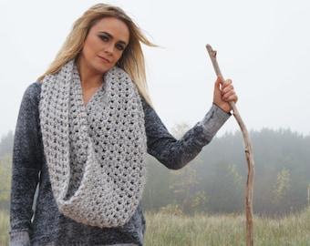 chunky knit cowl infinity scarf shawl winter scarf / The Spitzvig Warmer - grey marble