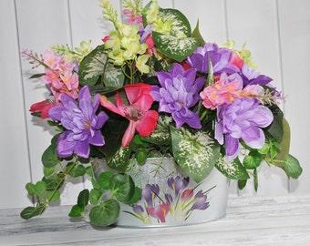 Floral Arrangement, Magnolia Arrangement, Special Occasions Floral, Spring Centerpiece, Flower Arrangement, Dining Table Centerpiece