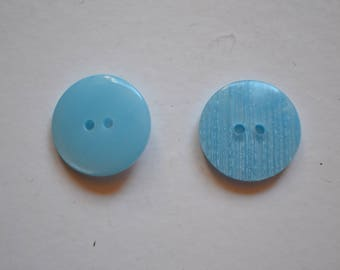 button, round, blue, plain, reversible, 18mm in diameter, 2 holes