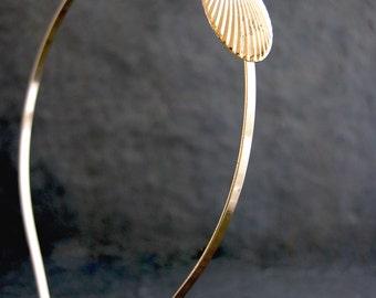 Pearl Gold Bridal Headband, Gold Hair Accessories, Seashell headband, Gold Pearl Headpiece, Bohemian Headpiece, Bridesmaid Hair Accessories