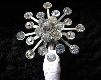 Snowflake pin | shawl stick | holly wood | vintage | rhinestone | hair pin | decorative pin