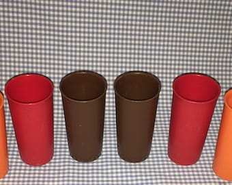 Lot of 6 VINTAGE Tupperware 6 oz Tumblers ~ water glasses/cups, Orange, Brown & Red #117