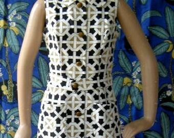 Vintage  1960s Graphic Print Sleeveless A Line Dress