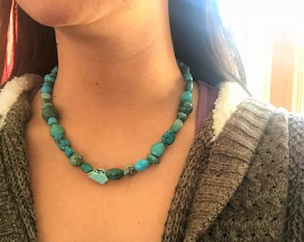 Stone bead necklace. Turquoise blue stones. Semi precious stones. Beaded necklace. Statement necklace. December birthstone necklace.