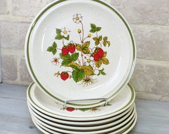 Set of 6 Strawberry stoneware salad plates, 1970's decor, Red or Green  kitchen, Empress Japan heavy dinnerware dishes, New for Spring