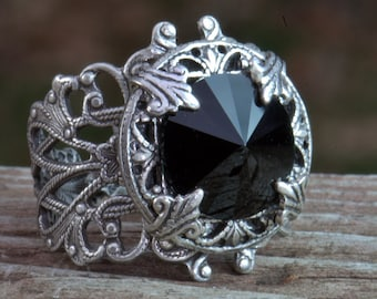 Silver and Black ring. Adjustable vintage style filigree, onyx, Womans Size 4 4.5 5 5.5 6 6.5 7 7.5 8 8.5 9 9.5 10 10.5 11