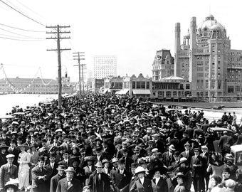 "1911 Easter Parade on Boardwalk, Atlantic City Vintage Photograph 8.5"" x 11"""