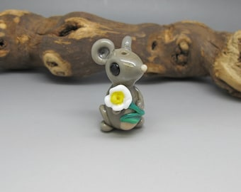 Daisy Mouse - Lampwork Bead