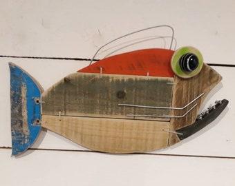 Wall art fish pallet wood. Skateboard tail.