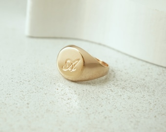 Signet Ring, Initial Ring, Monogram Ring, Gold Signet Ring, Custom Ring, Personalized Ring, Engraved Ring, Personalized Jewelry, Gold Ring